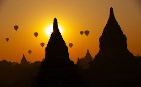 Welcome to Bagan, the Eldorado of Pagodas- and balloons