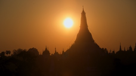 Through the week and in the evenings it get's more quiet in the Swedagon